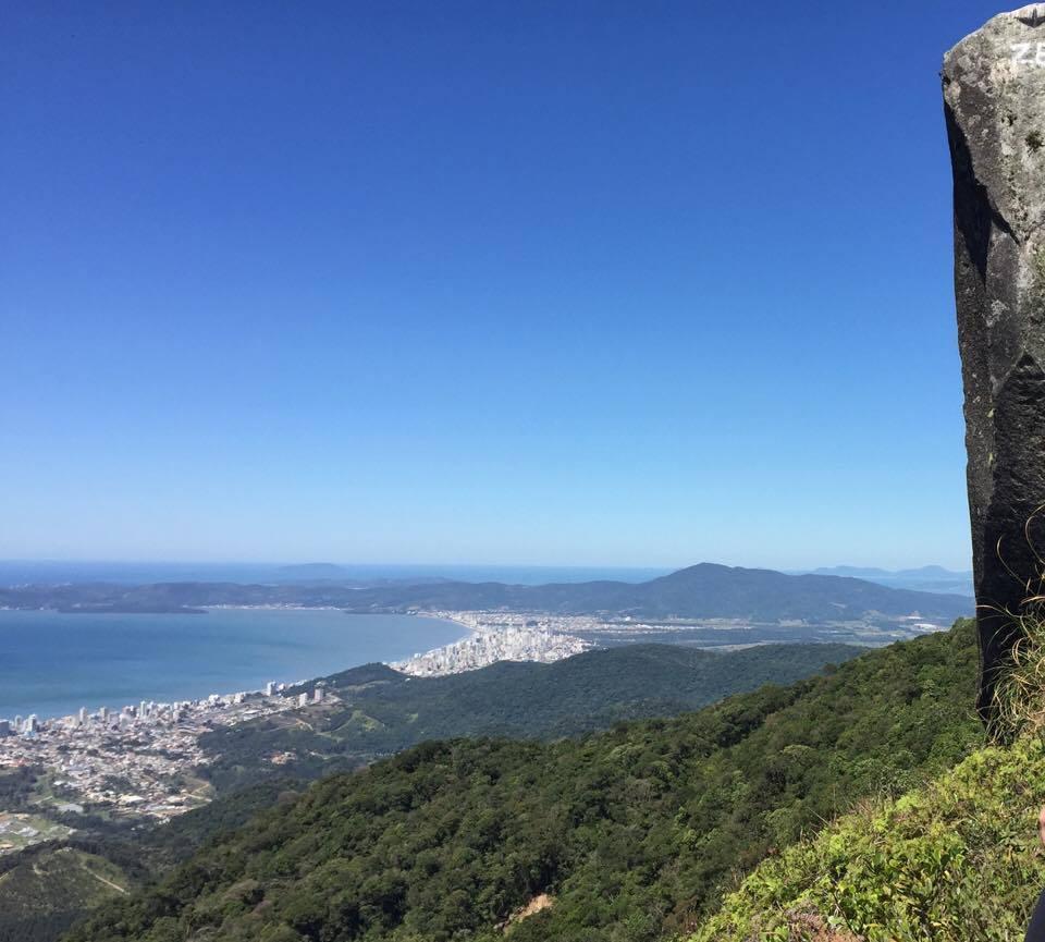 Lugar pra conhecer: Trilha do Pico da Pedra – Camboriú
